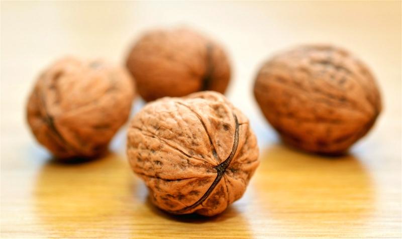 walnuts-552975_1920_meitu_8.jpg